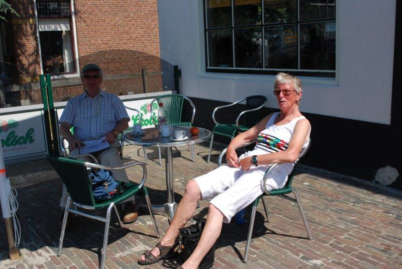 Lekker op het terras berlikum.com